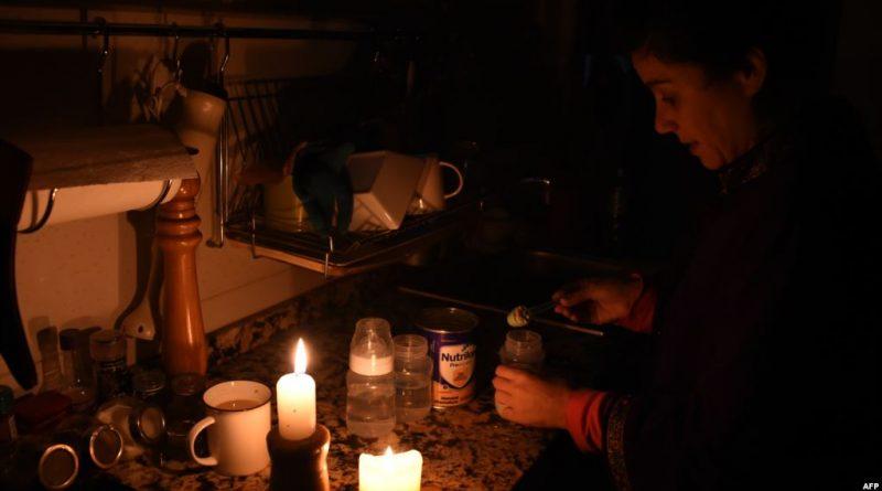 Poco a poco se restablece servicio de luz en Argentina y Uruguay
