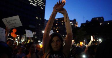 Redadas de inmigración ordenadas por Trump se inician en EE.UU.